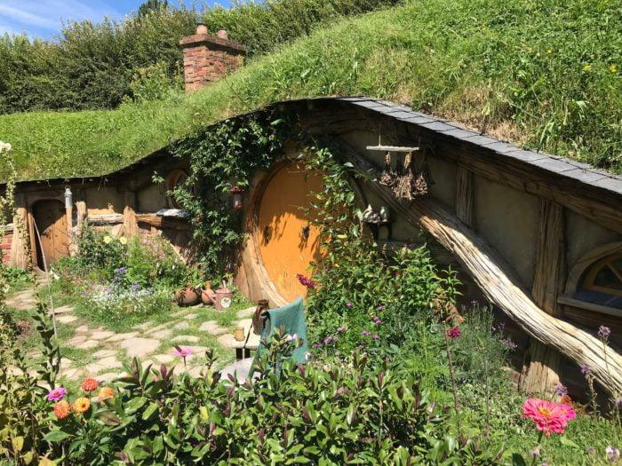 Hobbit House Zoom screen